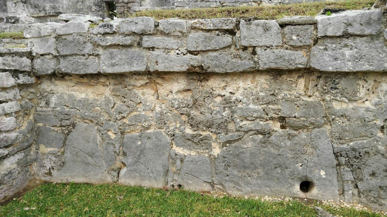 Sito-Megalitico-Maya-Piramidi-Mura-Tulum-Quintana-Roo-Messico-4