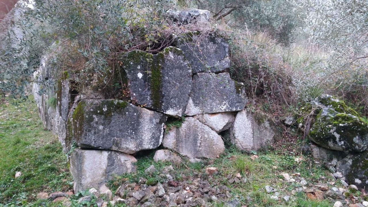 Venafro-Mura-Megalitiche-Poligonali-Isernia-Molise-4